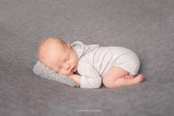 lancaster-newborn-gray.jpg