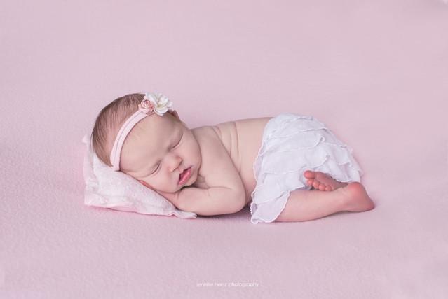 philadelphia-newborn-skirt.jpg