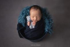 lancaster-newborn-bucket.jpg