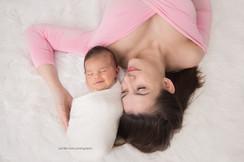 chester-county-newborn-mama.jpg