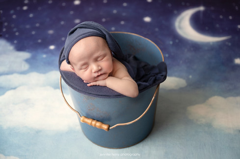 chester-county-newborn-twinkle.jpg