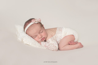 philadelphia-newborn-sleeping-beauty.j