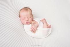 lancaster-newborn-giraffe.jpg
