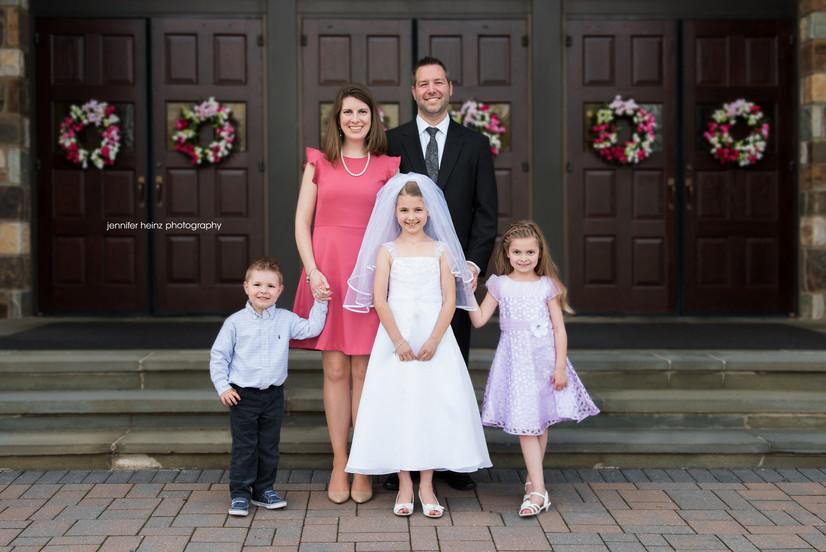 bucks-county-family-photographer-church.