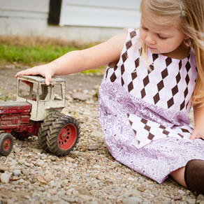 44 Open-ended Questions to ask when Children Play with Cars