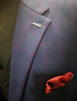 Details on suit
