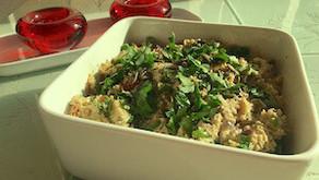 Cauliflower rice with pumpkin seed sauce