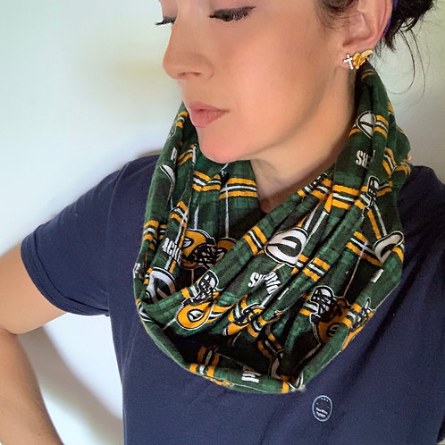 Green Bay Packers Flannel Infinity Scarf w/ Zippered Pocket