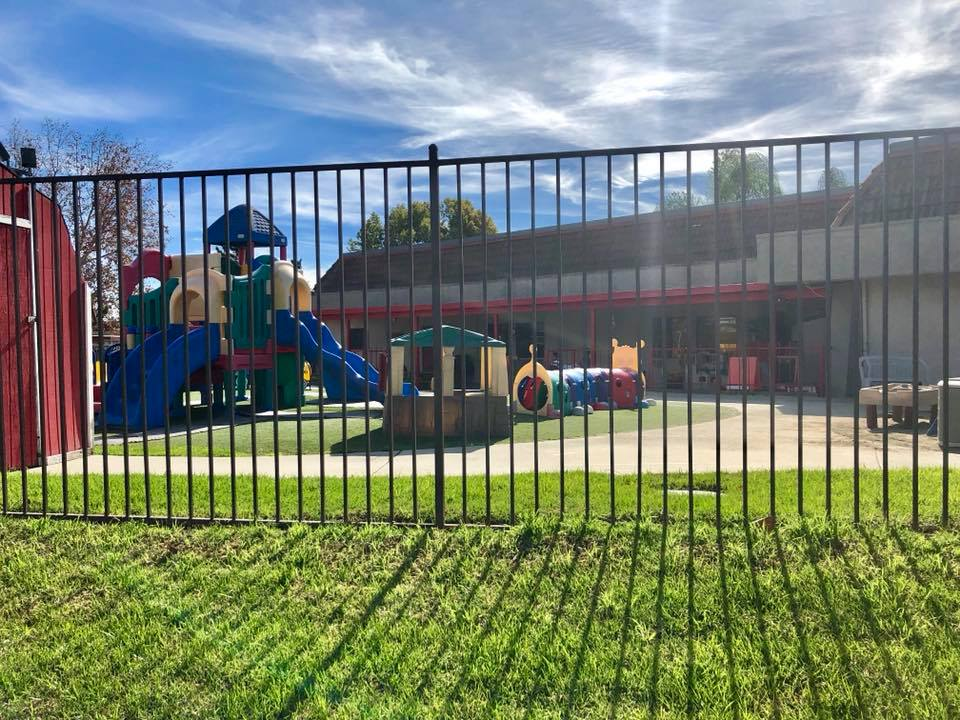 LEPA Chino Infant Play yard