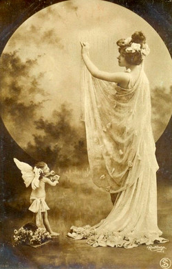 Early 1900s postcard by Reutlinger