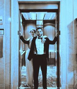 elevator couple blu light2