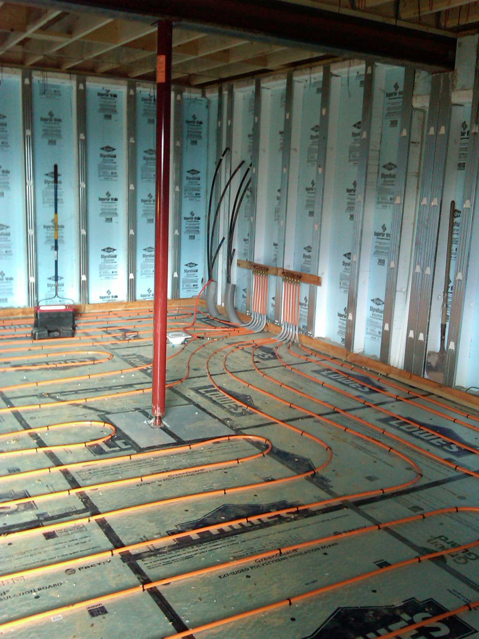 Geothermal System with Radiant Floor