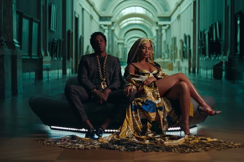 Michaela Stark Beyonce versace robe