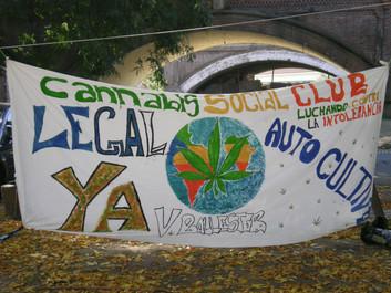 Pro-cannabis banner, Argentina