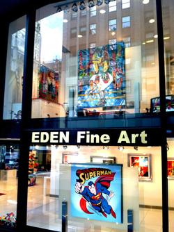 Midtown Manhattan womdow display