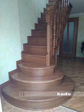 Scara din lemn pentru etajul 2