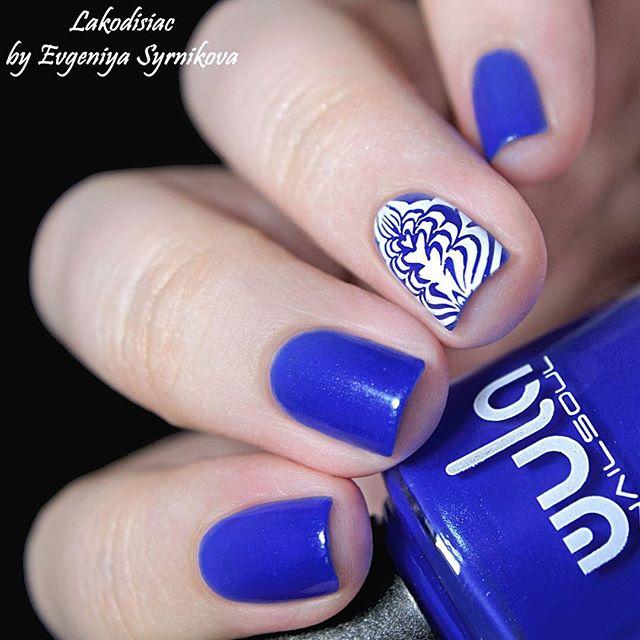 Любите синие_ 💙_Наш любимчик, очень красиво подсвеченный шиммером #wula_nailsoul #wula #wulanailsou