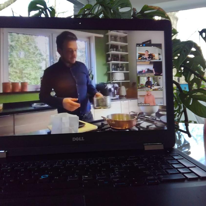 Superlekkere clafoutis met peer: een online kooksessie met Niek
