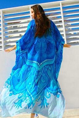 Caftan in silk. Monte carlo