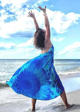 Halter dress in silk . Marguerite
