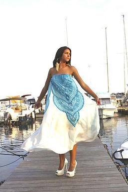White Dress Sapphire Necklace. Versailles