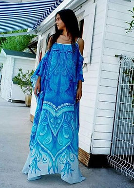 Dress in silk Refined by Artistic Patterns. Monte Carlo