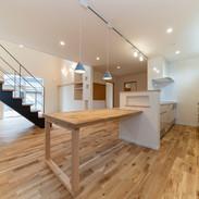 家族を守り、3世代住み継げる家forest-style.JPG