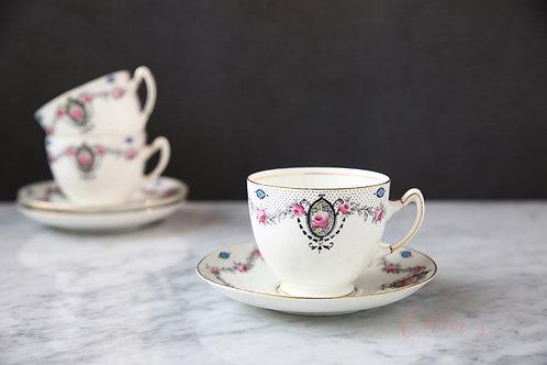Paragon tea trio