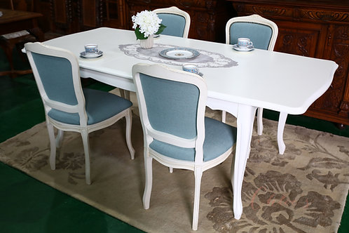 Dining table set (Laura  Ashley)