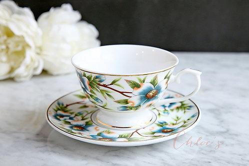 Vintage tea duo