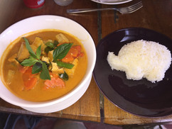Vegetarian yellow curry
