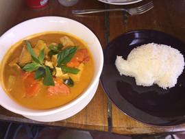 Vegetarian yellow curry