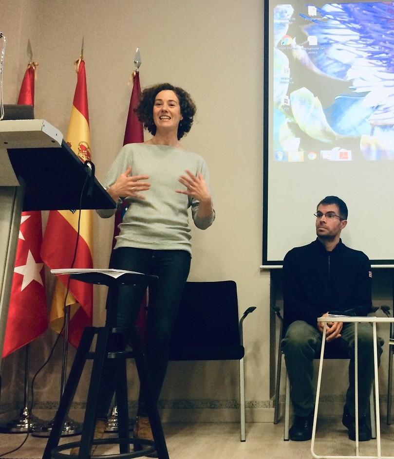 Blanca Pérez Lozano durante su exposición