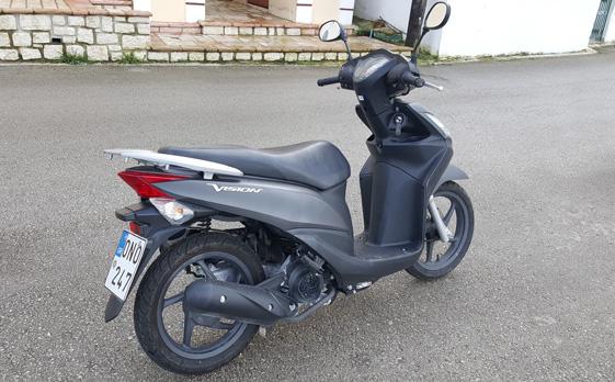 Nikos110cc05