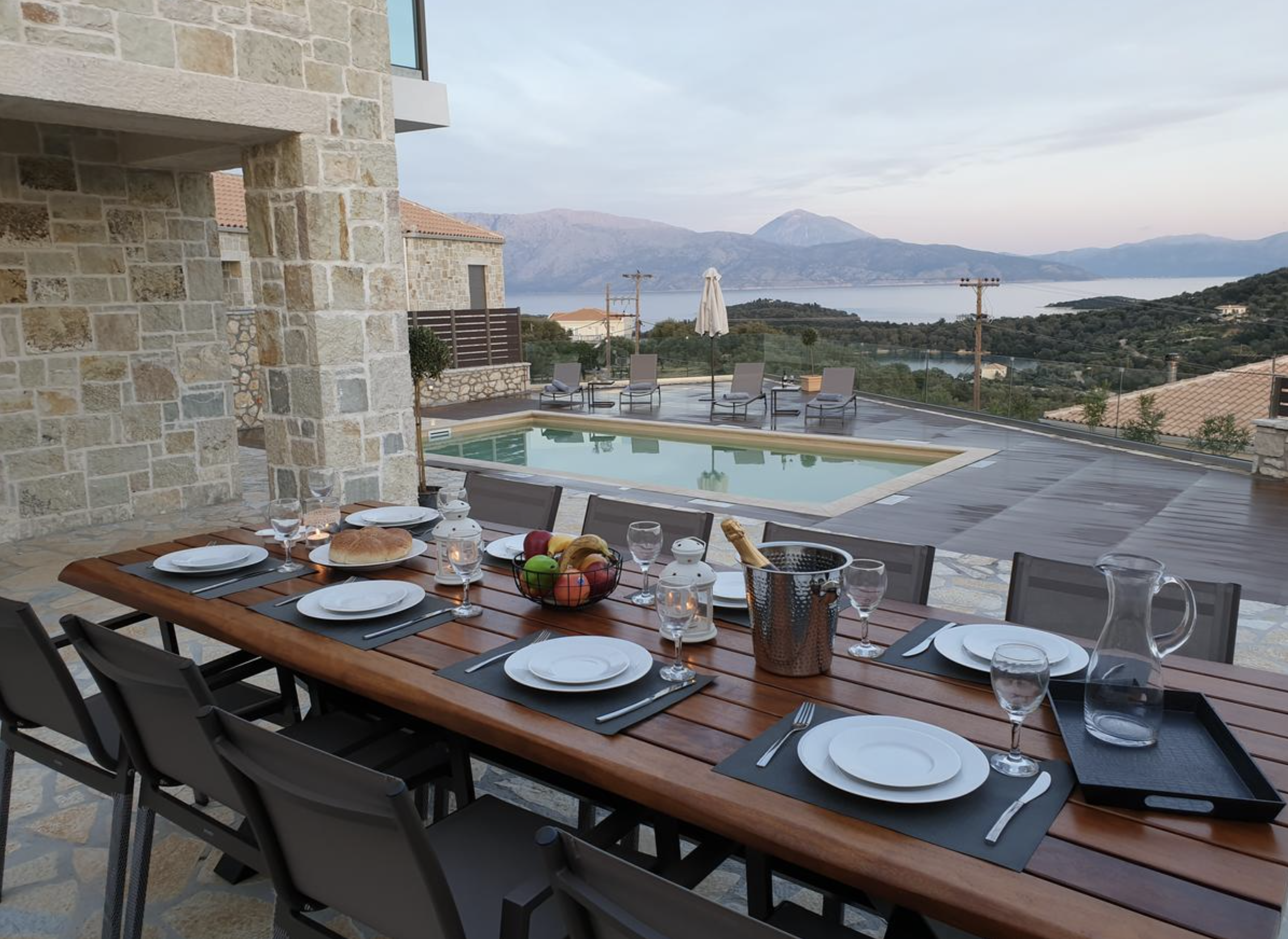 Twin Villas outside dining table