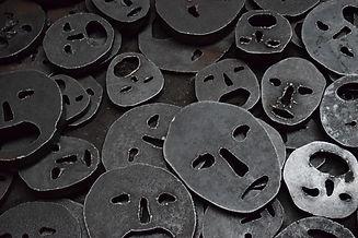 faces-986236.jpg