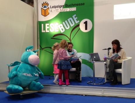 Zabuli_Zauberdrache_Eve Kling_Effecteve_Leipziger Buchmesse2013.JPG