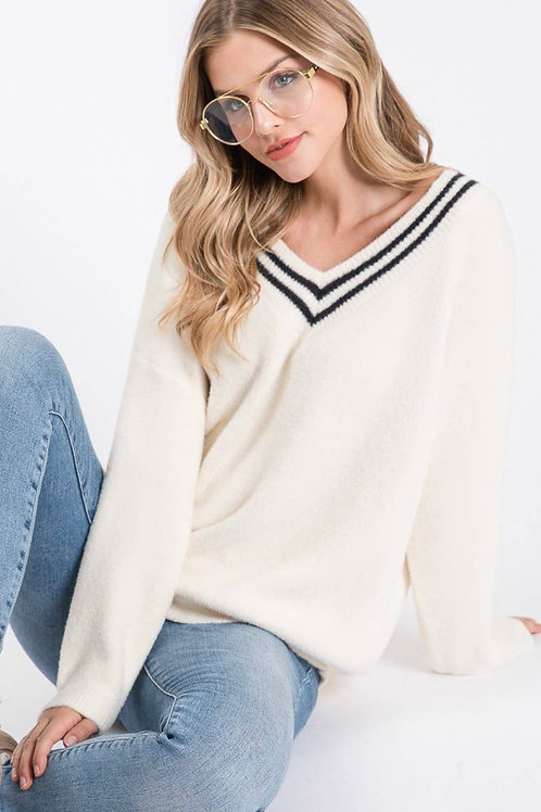 White soft texture sweater