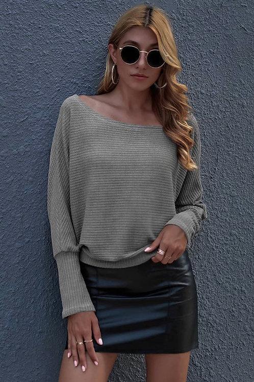 Knit long sleeve grey sweater