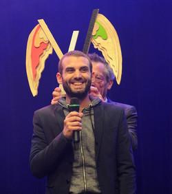 Patrice Leconte remet le prix du Dinard Comedy Festival à Stan