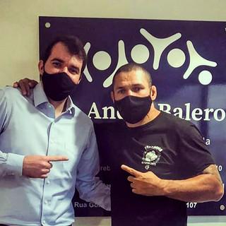 Dr. Andre Balero e o boxeador Alexandre Imperador