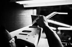 2013_Jackson_CustomShop_Manufacturing_159