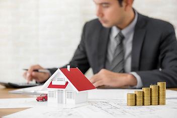 Immoilienmakler für Immobilien-Verkauf und Vermitung