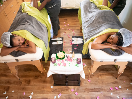 5 Reasons why, its soooo much better to have a massage at home, than at a spa!
