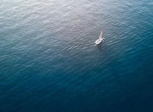 Sailing%20the%20seas_edited.jpg