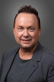 Peters-Portrait.jpg
