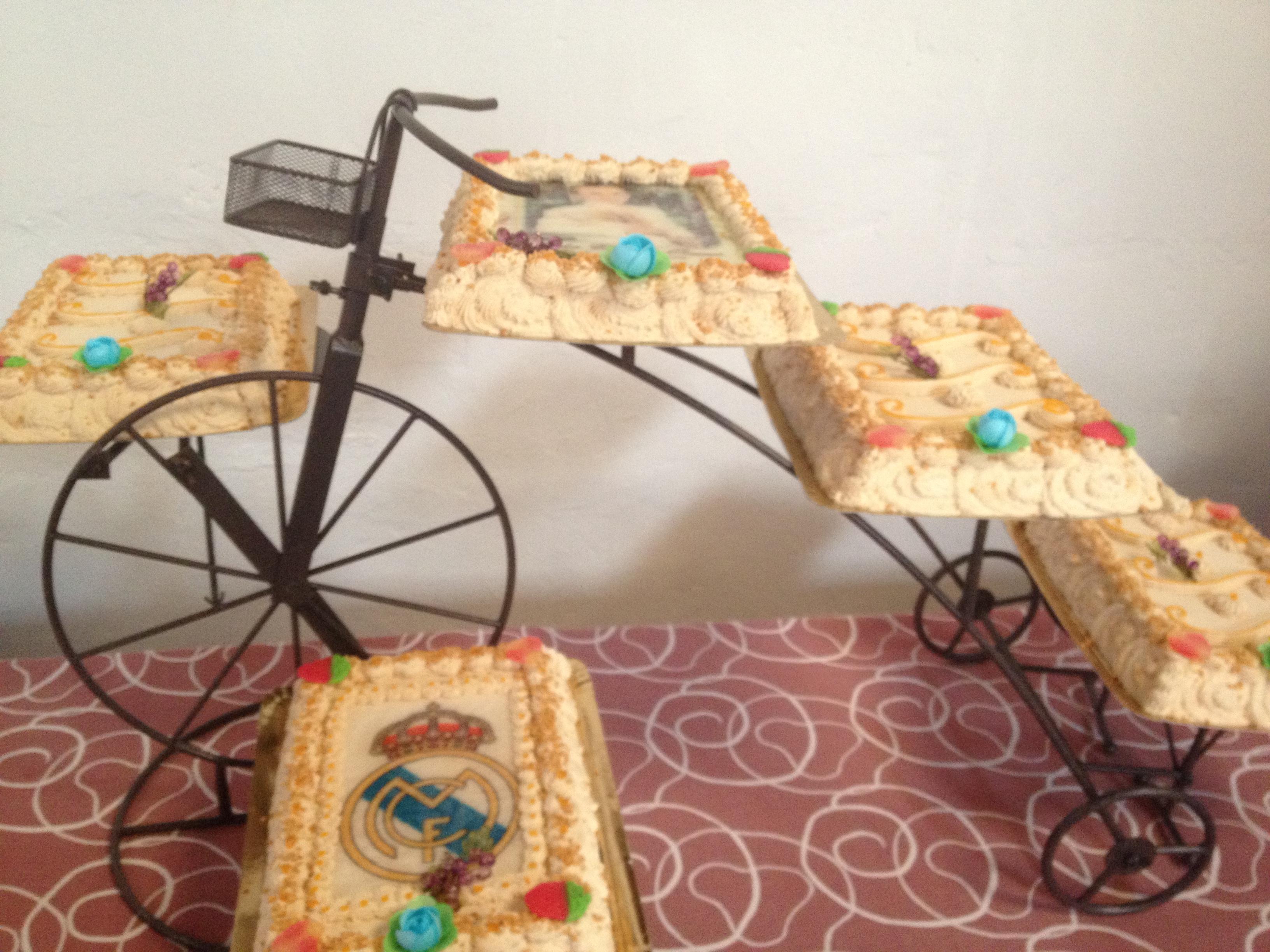Tarta de comunion de bicicleta