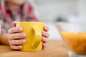 tasse a cafe jaune.jpg