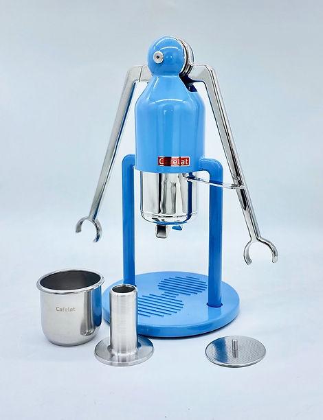 robot cafelat.jpg