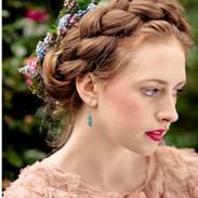 Bridal hair flowers by Jill Wild, Flowersmith